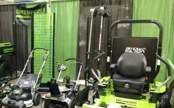 electric mowers in landscape industry
